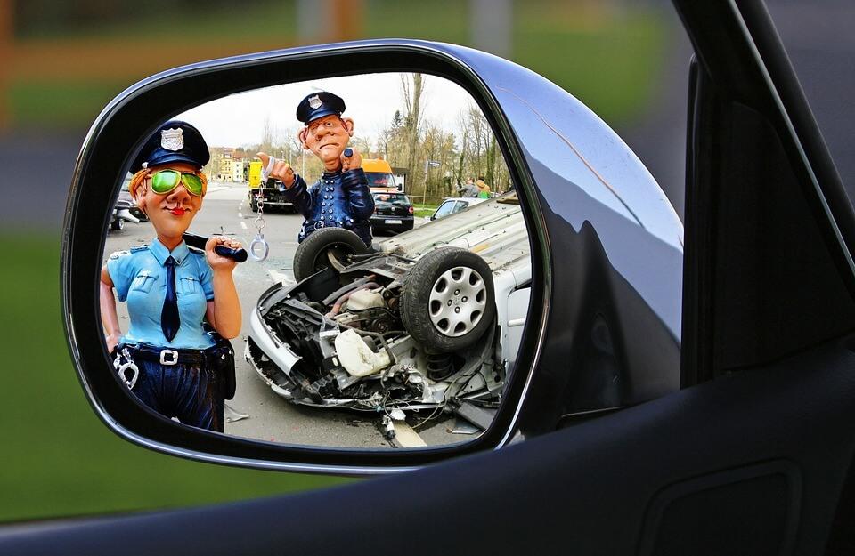 事故と警察