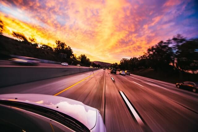スピードが速い車
