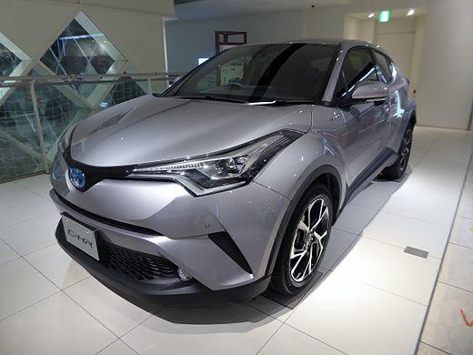 トヨタ・C-HR
